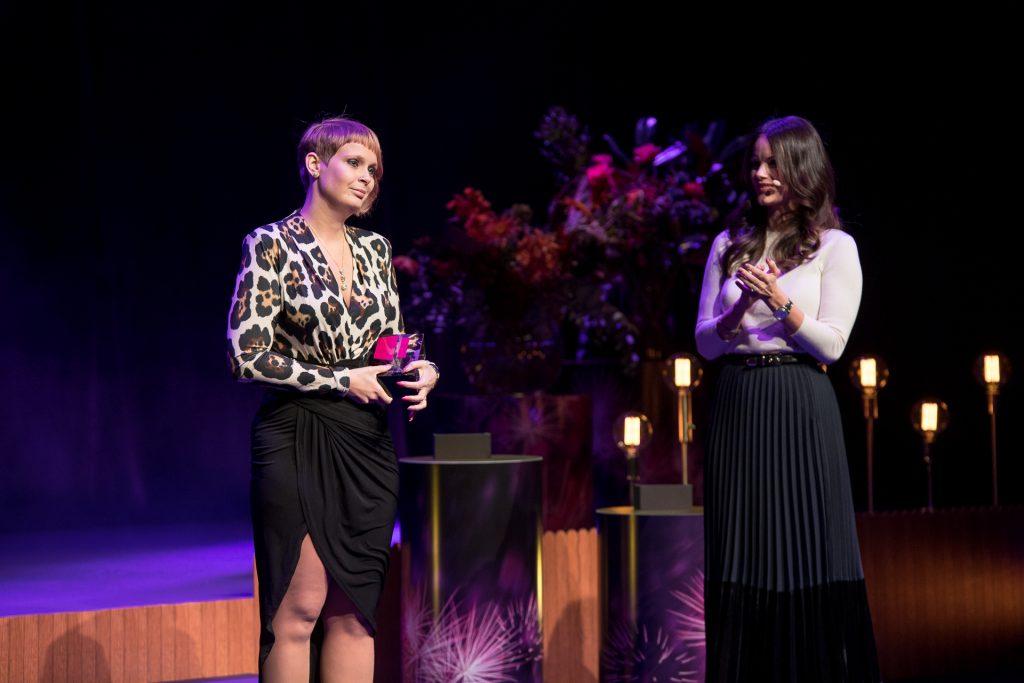 Joanna Halvardsson och Prinsessan Sofia på Visa vägen galan 2018 i Stockholm